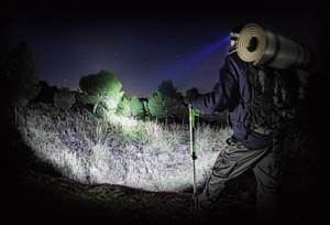 http://www.light-test.info/images/stories/fenix_hp15_hp30/fenix_hp30_promo_mini.jpg